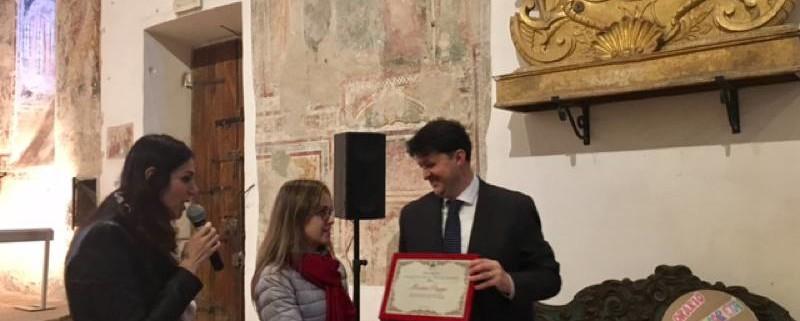 premio-volontario-dellanno-moira-paggi-luca-barberini-trevi-0001